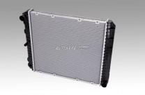 Wasserkühler 240/740/94 / 4-Zylinder Benziner Schaltgetriebe